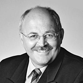 Dr. Wolfgang Schröder